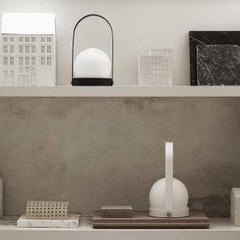 Menu designové stolní lampy Carrie Table Lamp Portable
