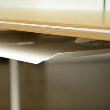 Radius designové stoly Miss Moneypenny