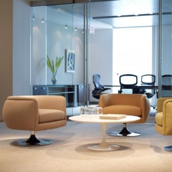 KNOLL konferenční stoly Tulip Table kulaté (51 x 37 cm)