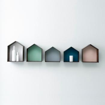 Ferm Living designové police Studio