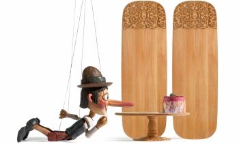Alessi designové servírovací podnosy Dressed In Wood