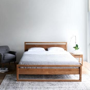 Ethnicraft designové postele Light Frame Bed (pro matraci 160 x 200)