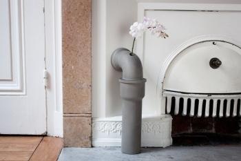 Lyon Beton designová váza Pipeline