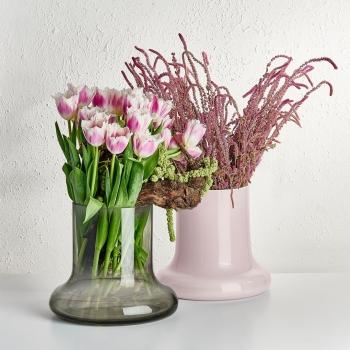 Nude designové vázy Toque