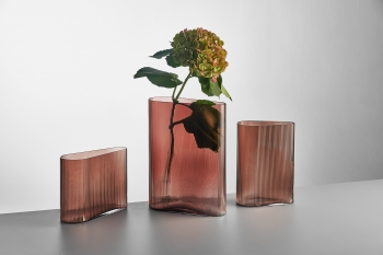 Nude designové vázy Mist Low