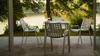 Vitra designová židle Landi