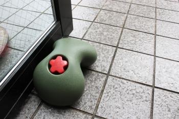 Výprodej Magis designové zarážky dveří Rock - zelená