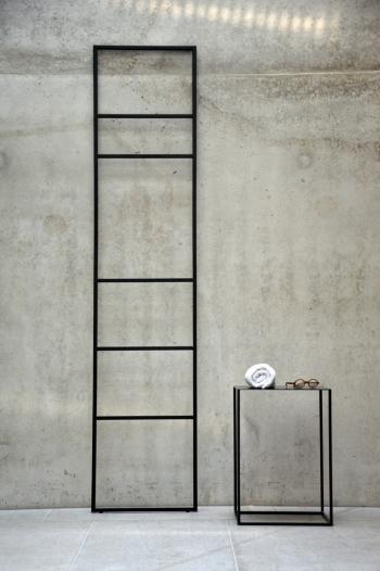 Jan Kurtz designový němý sluha Loop