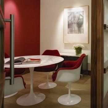 KNOLL jídelní stoly Tulip Table kulaté (průměr 91 cm)