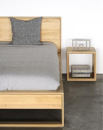 Ethnicraft designové noční stolky Cube Table