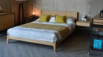 Ethnicraft designové noční stolky Whitebird Bedside