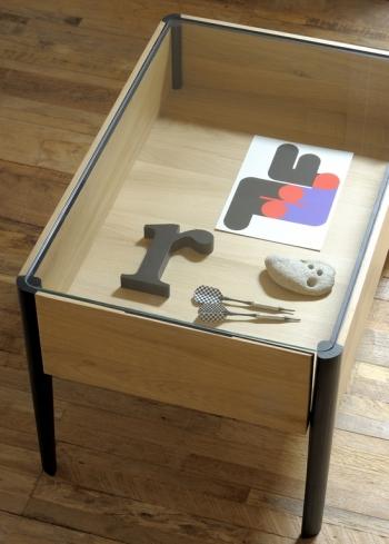 Ethnicraft designové odkládací stolky Window Side Table