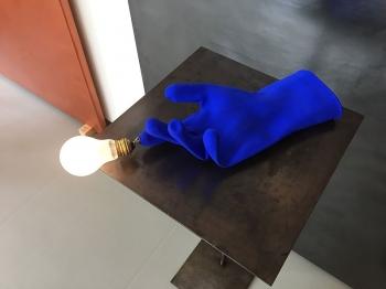 Ingo Maurer designová závěsná svítidla Luzy