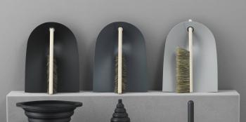 Výprodej Normann Copenhagen designové smetáčky & lopatky Dustpan & Broom (červená)