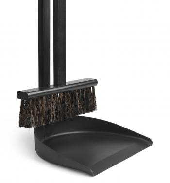 Ferm Living designové smetáčky Icon Broom Set