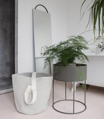 Ferm Living designová zrcadla Adorn Mirror