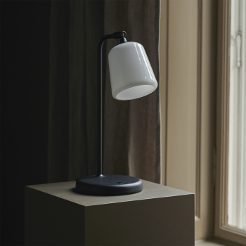 New Works designové stolní lampy Material Table Lamp