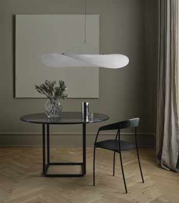 New Works designová závěsná svítidla Tense Pendant Lamp (průměr 120 cm)