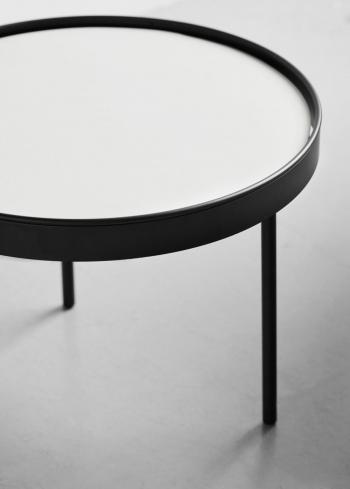 Northern designové odkládací stolky Stilk (průměr 35 cm)