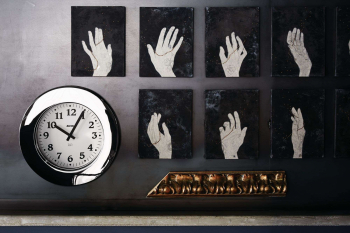 Alessi designové nástěnné hodiny Momento
