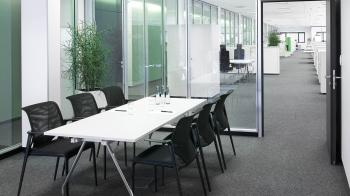 Výprodej Vitra designové konferenční židle Meda Slim (s područkami, černá, pochromovaný hliník)