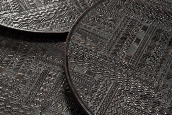 Výprodej Ethnicraft designové odkládací stolky Ancestor Tabwa (70 x 50 cm)