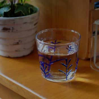 Ichendorf Milano designové sklenice na vodu Greenwood Blue Branches Tumbler