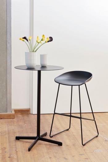 Výprodej HAY designové barové židle AAS 38 (černá, výška sedáku 65 cm)