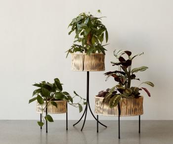 Menu designové květináče Umanoff Planter Small