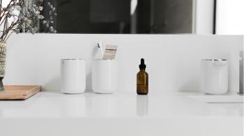 Menu designové držáky na zubní kartáčky Toothbrush Holder Wall