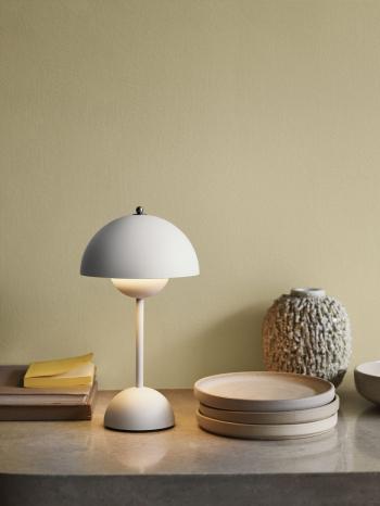 &tradition designové stolní lampy Flowerpot Table VP9