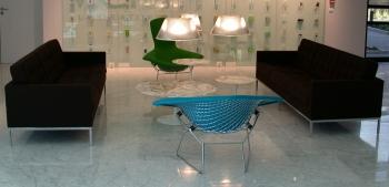 Knoll designové sedačky Florence Sofa (šířka 159 cm)