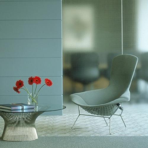 designov k esla bertoia bird lounge chair designov k esla designpropaganda. Black Bedroom Furniture Sets. Home Design Ideas