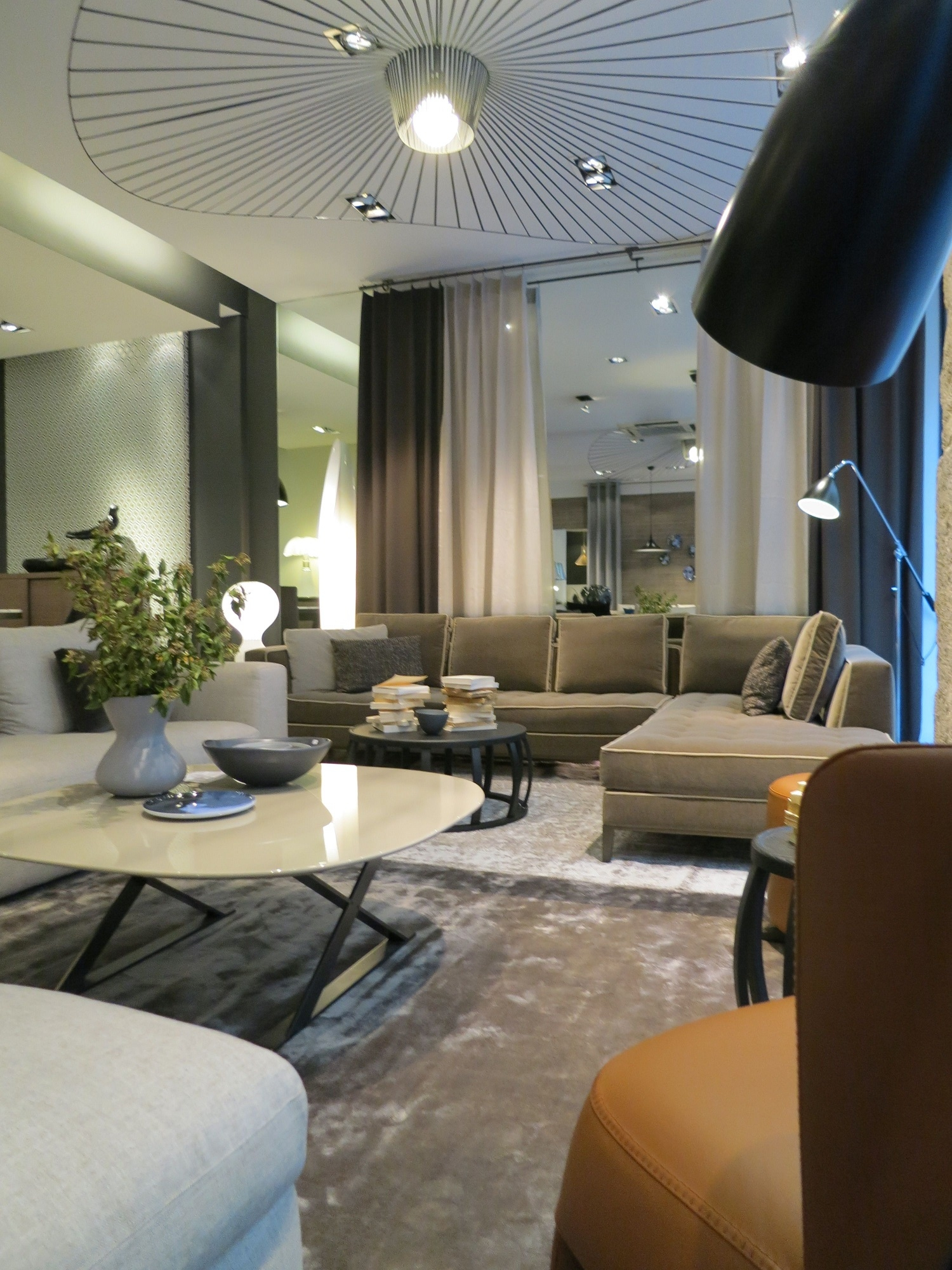 designov z v sn sv tidla vertigo designpropaganda. Black Bedroom Furniture Sets. Home Design Ideas