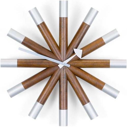 Vitra designové nástěnné hodiny Wheel Clock