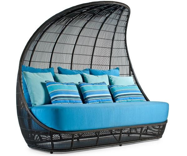 Kenneth Cobonpue zahradní sedačky Voyage Sofa