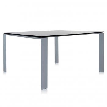 Designové jídelní stoly Four čtvercové