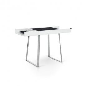 Designové pracovní stoly Zelos