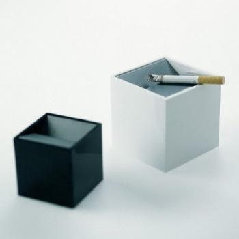 Designové popelníky Cubo