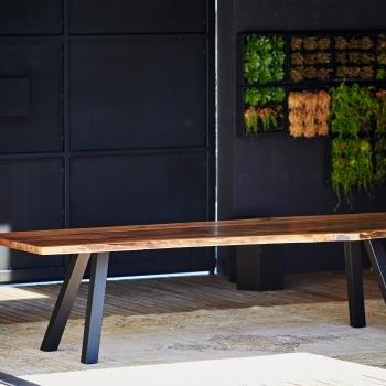 Designové jídelní stoly Walnut