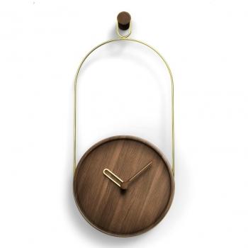 Designové nástěnné hodiny Eslabon