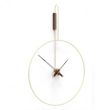 Designové nástěnné hodiny Daro