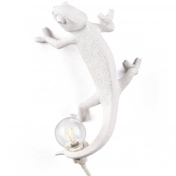 Designová nástěnná svítidla Chameleon Lamp Going Up