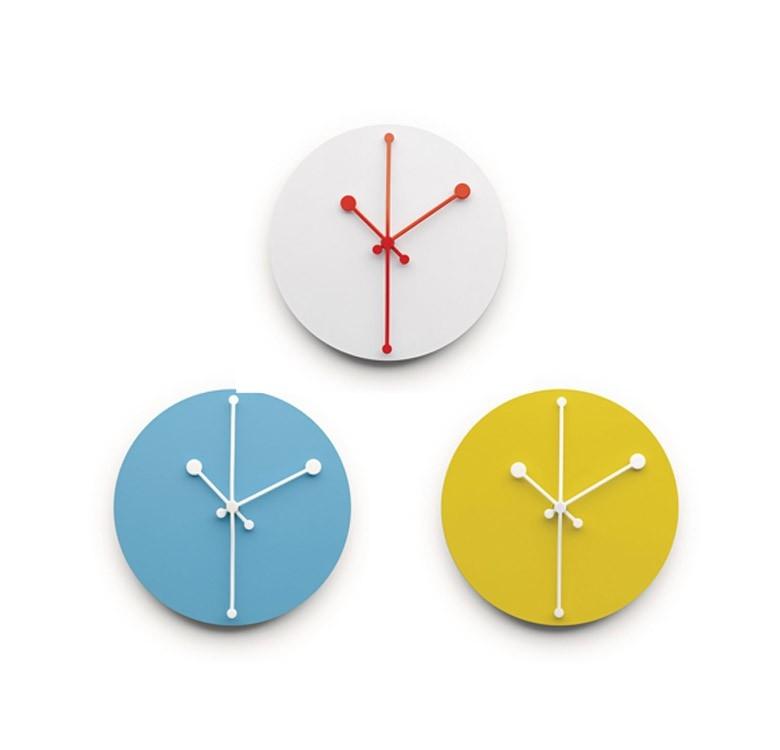 Designové nástěnné hodiny Dotty Clock